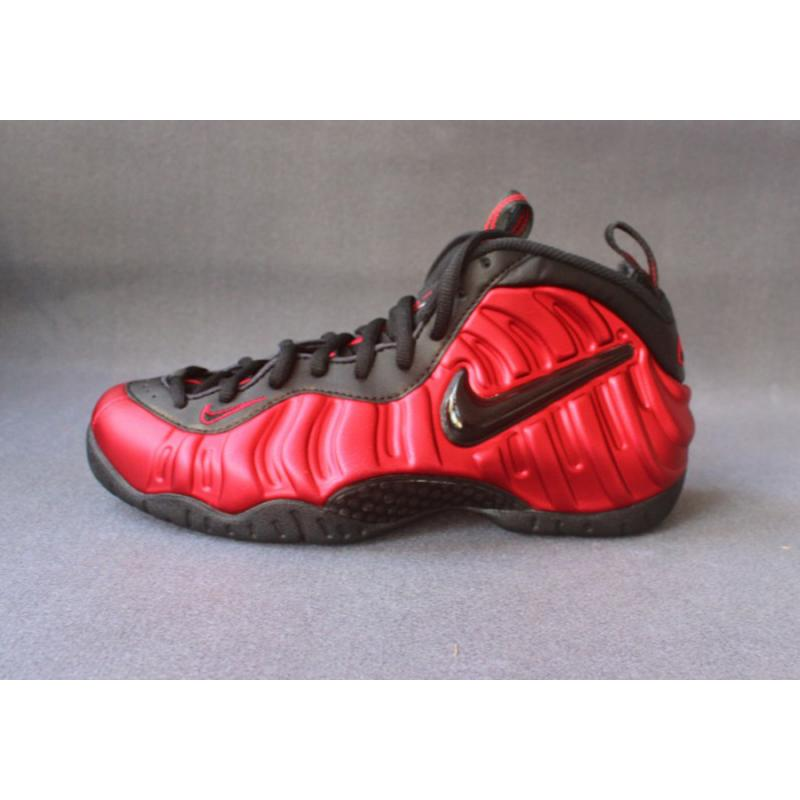 Nike Air Foamposite Pro University Red And Black-Black New Style ... 25d4fd85da