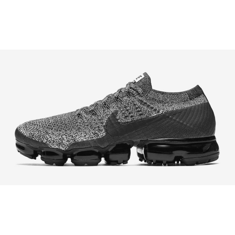 d77a11e5faf77 ... Nike Air VaporMax  Oreo 2.0  Black And Black-White-Racer Blue Discount  ...