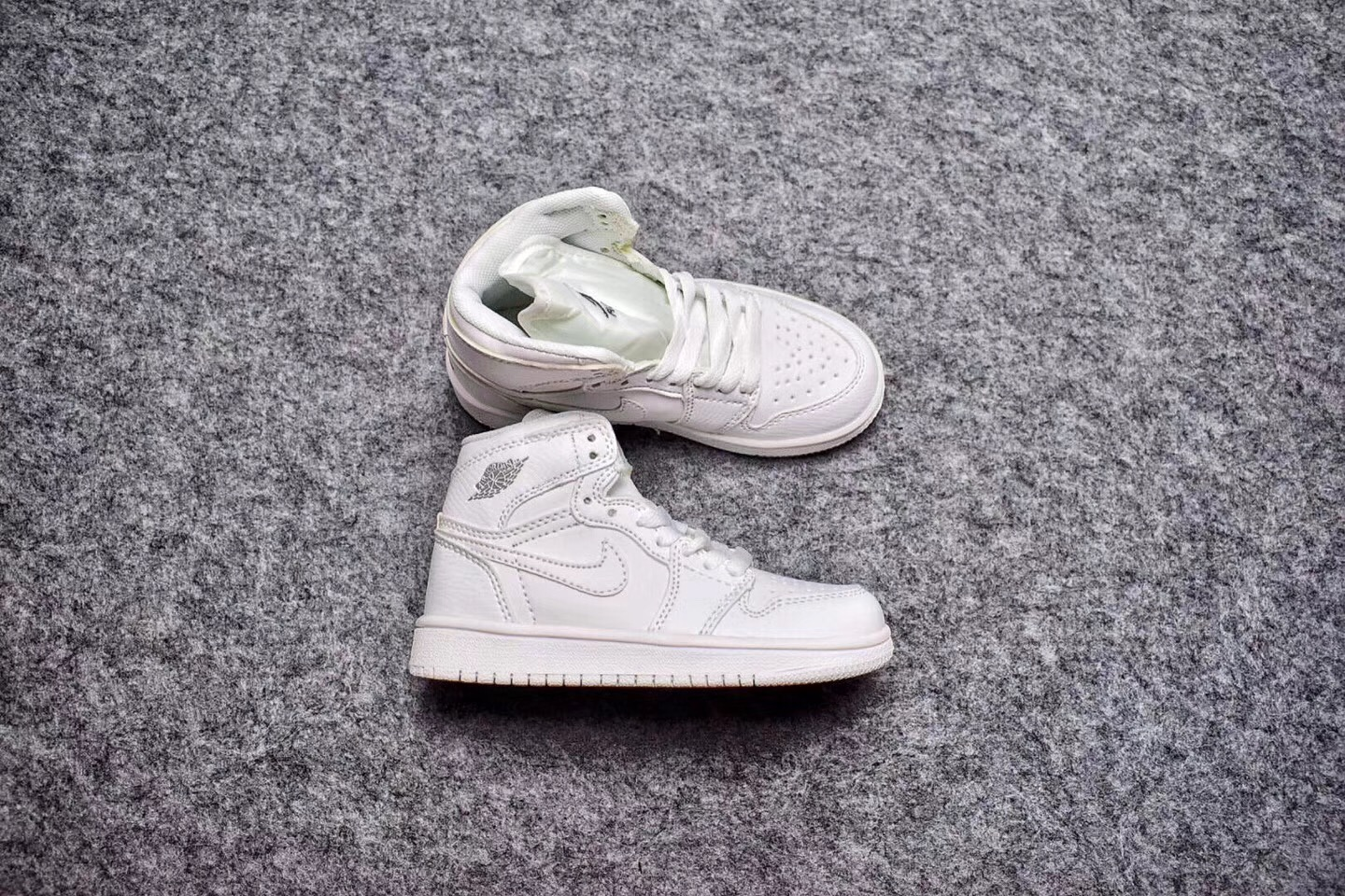 24a255037bf766 Air Jordan 1 Mid Goes Triple White For Kids Discount
