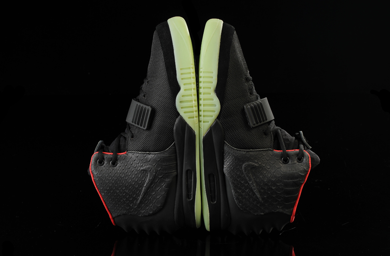 separation shoes 3ebe4 2f7fc 2020 Super Deals Glow In The Dark Nike Air Yeezy 2 'Black/Solar Red ...